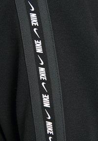 Nike Sportswear - REPEAT HOODIE - Sweatshirt - black/white - 4
