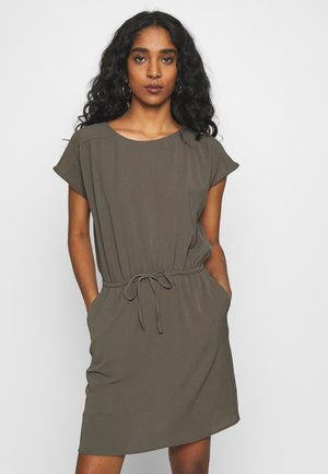 Day dress - bungee cord