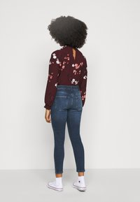 Pieces Petite - PCDELLY - Jeans Skinny Fit - dark blue - 2