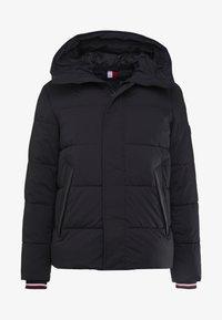 STRETCH HOODED - Zimní bunda - black
