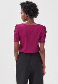 Cache Cache - T-shirt print - violet foncé - 2