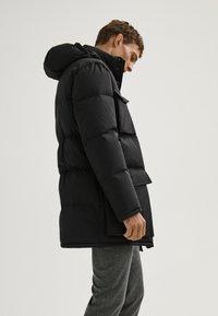 Massimo Dutti - LANGE MIT TASCHEN - Winter coat - dark blue - 2