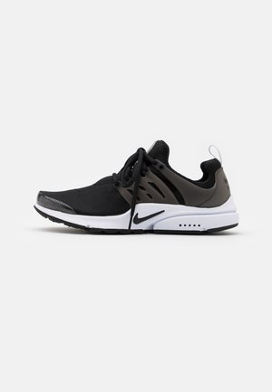 AIR PRESTO - Trainers - black/white