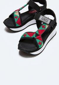 Pepe Jeans - FUJI ETHNIC - Sandały na platformie - middle green - 3