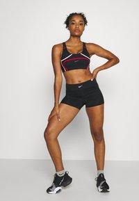 Nike Performance - AEROADAPT SHORT - Tights - black/metallic silver - 1
