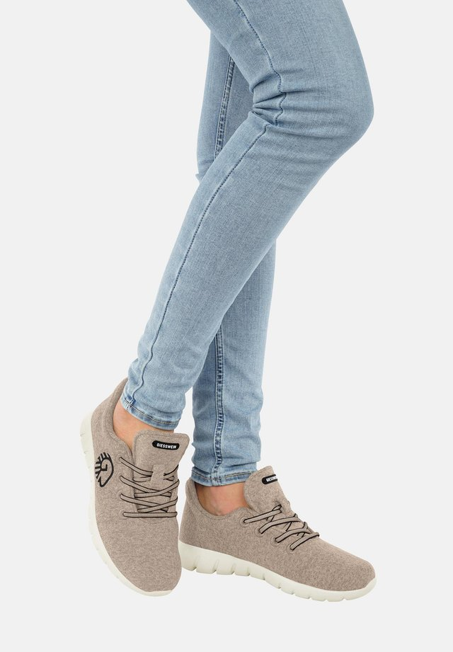 MERINO RUNNERS - Sneakers laag - beige