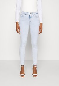 ONLY - ONLBLUSH LIFE MID RAW  - Jeans Skinny Fit - light blue - 0