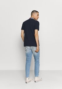 Tommy Jeans - FLAG NECK  - Poloshirts - twilight navy - 2