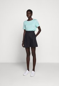 Bruuns Bazaar - KATKA ALICIA TEE - Basic T-shirt - dream blue - 1