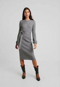 Vero Moda - VMSVEA - Jumper dress - medium grey melange - 0