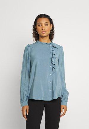 BYILINE SHIRT - Button-down blouse - goblin green