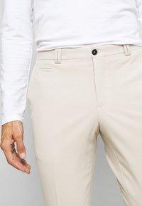 Viggo - VESTFOLD TROUSER - Pantaloni - sand - 3