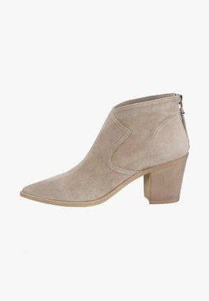 ALLA PUGACHOVA - Ankle boots - sand