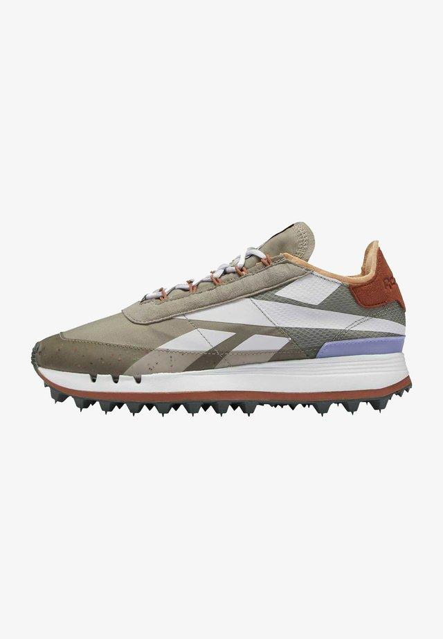 AZ GIGI RUNNER LEATHER SHOES - Sneakersy niskie - grey