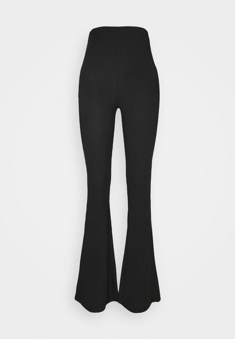 Missguided - FLARE - Spodnie materiałowe - black