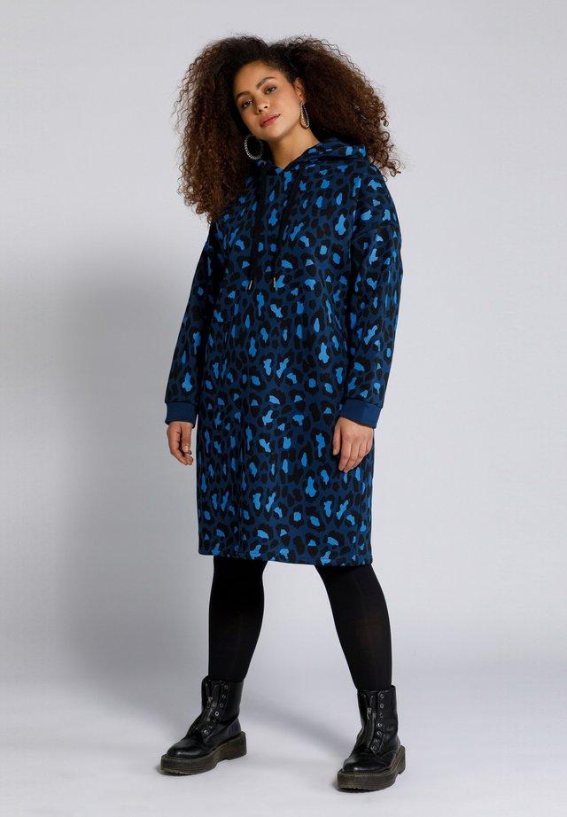 Vapaa-ajan mekko - dunkelblau