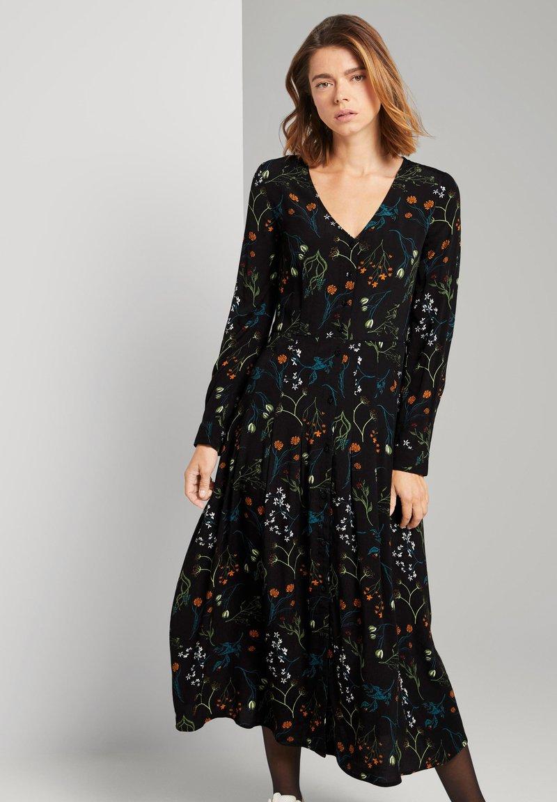 TOM TAILOR DENIM - MIT BLUMEN - Shirt dress - black flower print