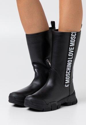 TREKK - Platform boots - black