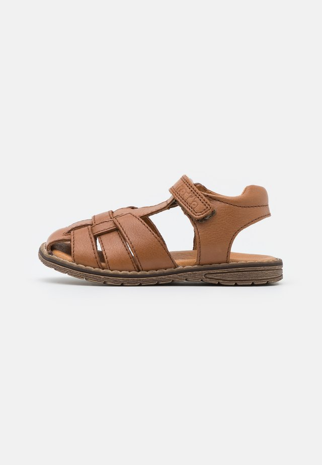 DAROS UNISEX - Sandaler - brown