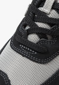 New Balance - ML574 - Sneakers - black/white - 5