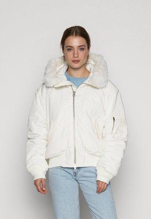 BEATRICE BOMBER JACKET - Winter jacket - white