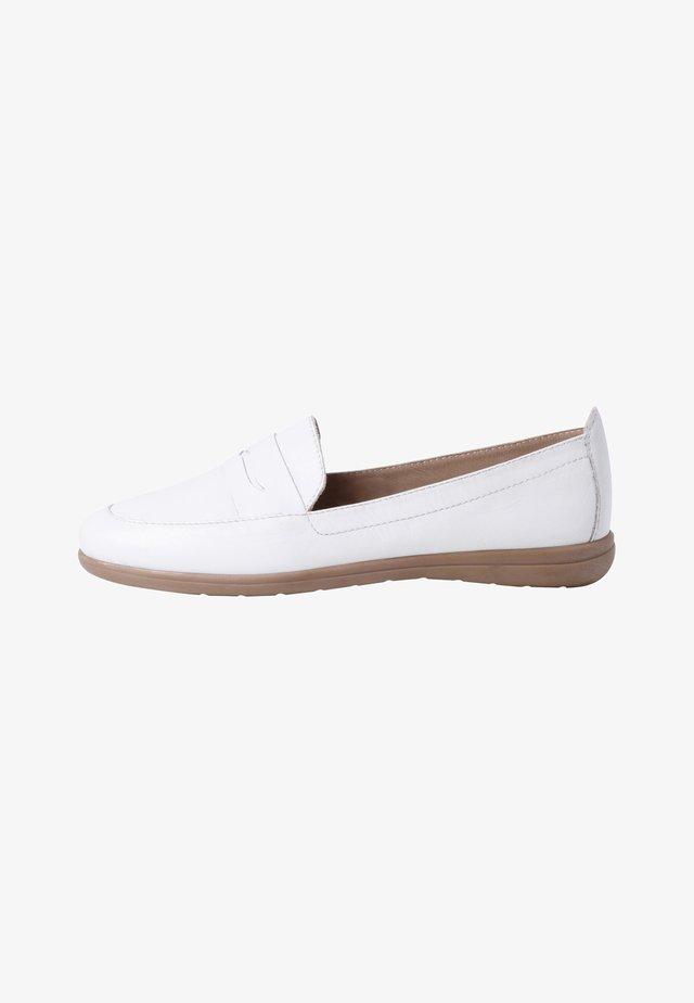 Mocassins - white