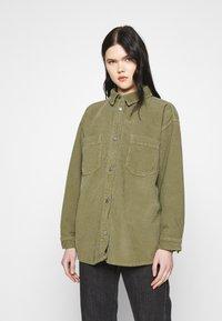 Topshop - Button-down blouse - khaki - 0