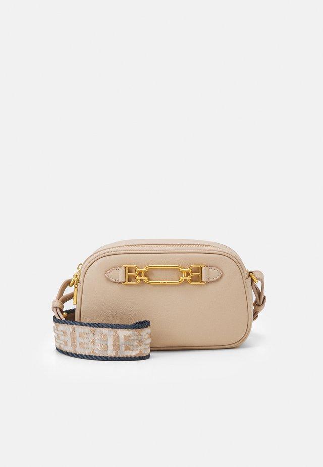 VESTIGEMINI BAG - Handtasche - corda