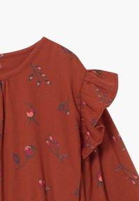 Soft Gallery - Denní šaty - red ochre - 2