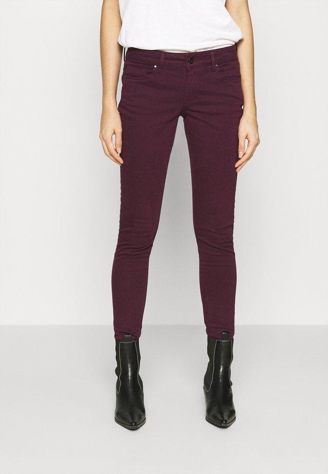 SOHO - Jeans Skinny Fit - dark plum