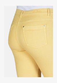 Cero & Etage - Slim fit jeans - corn - 3