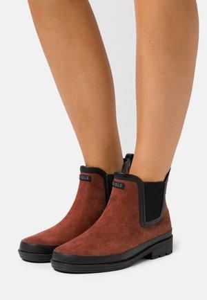 BOOT - Regenlaarzen - brown