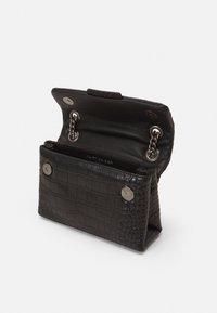 Kurt Geiger London - KENSINGTON - Handbag - black - 2