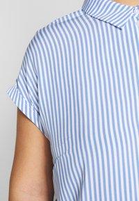 MY TRUE ME TOM TAILOR - SHORT DROP SLEEVE  - Button-down blouse - vertical blue - 5