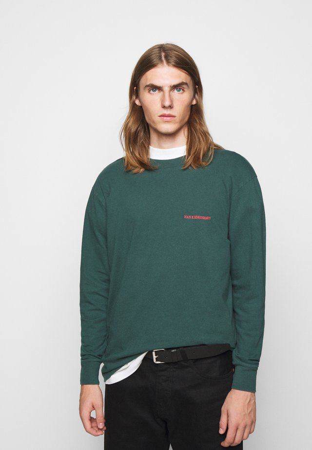 BOXY TEE LONG SLEEVE - T-shirt à manches longues - faded green