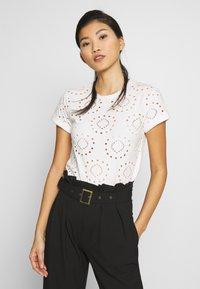Anna Field - T-shirts med print - white - 0
