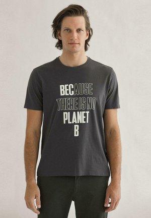 BERDES  - T-shirt print - gris