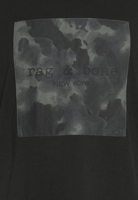 rag & bone - CAMO BOX TEE - T-shirt imprimé - black - 2