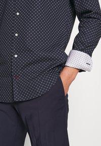 Tommy Hilfiger Tailored - CLASSIC SHIRT - Košile - blue - 5