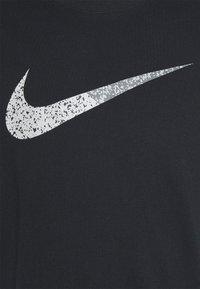 Nike Sportswear - TEE BRANDRIFF - T-shirt med print - black - 5