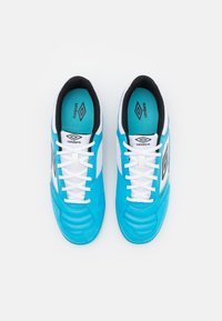 Umbro - SALA II PRO - Indoor football boots - cyan blue/black/white - 3