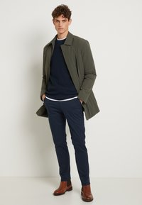 Selected Homme - SHHYARD SLIM FIT - Chinot - dark sapphire - 1