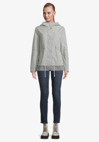 Amber & June - MIT KAPUZE - Waterproof jacket - quarry - 1