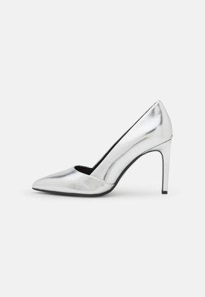 ESSENTIAL  - Høye hæler - silver