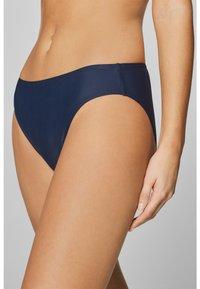 Esprit - OCEAN BEACH CLASSIC SOLID BRIEF - Bikini bottoms - navy - 0