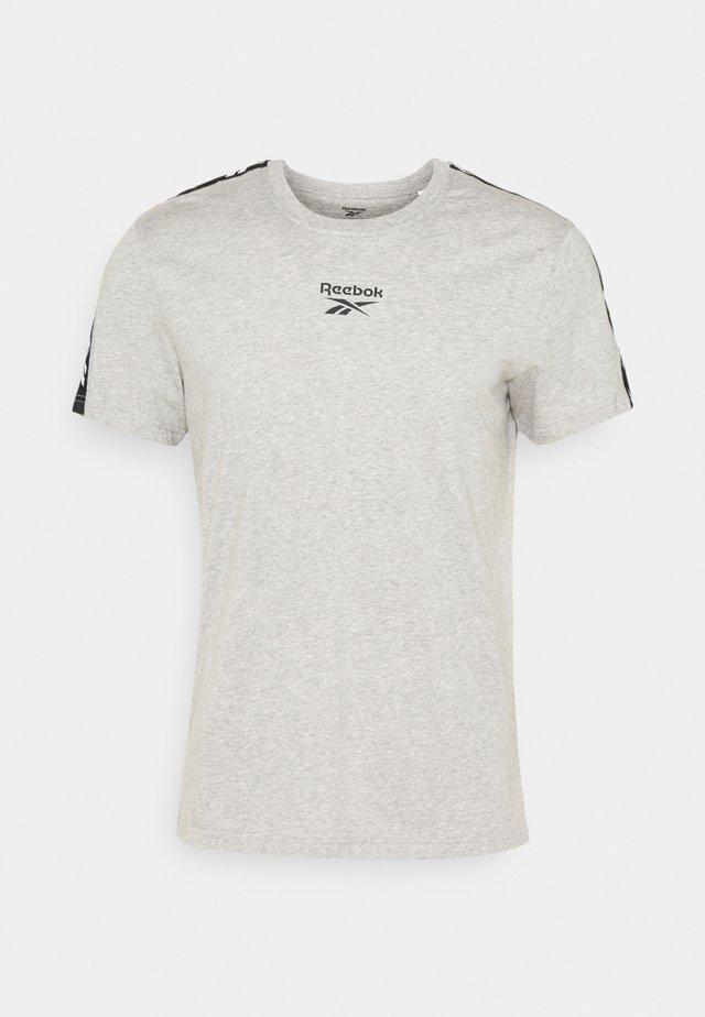 TAPE TEE - T-shirt imprimé - medium grey heather