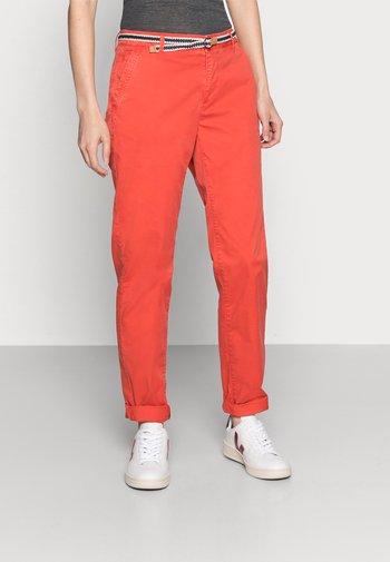 FLOW - Chinos - orange red