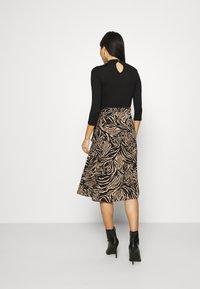 Dorothy Perkins - ZEBRA PRINT DRESS - Day dress - black - 2