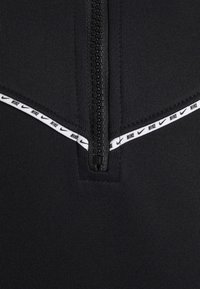 Nike Sportswear - REPEAT HOODIE - Long sleeved top - black/white - 2