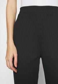 Monki - CLARA TOUSERS - Pantalon classique - black - 4